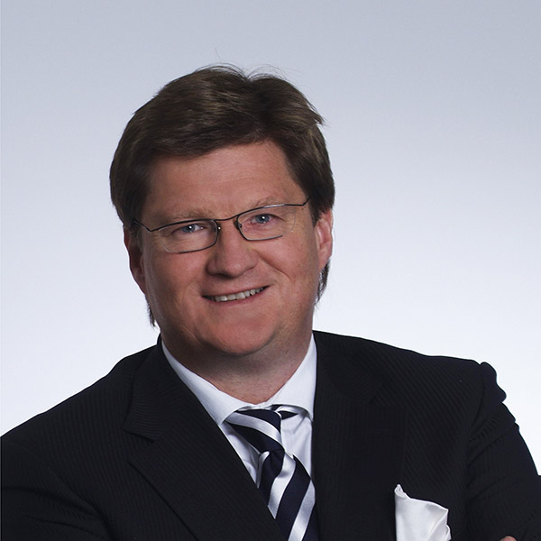 Mr Markus Moll
